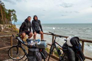 Qu'est-ce qu'on est venus faire à vélo dans les Pays Baltes ?